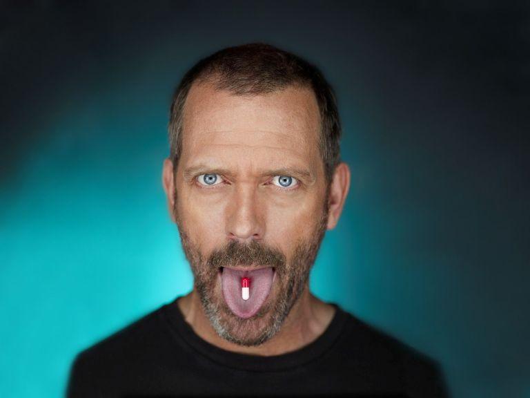 Comprimidos-Hugh-Laurie-Idioma